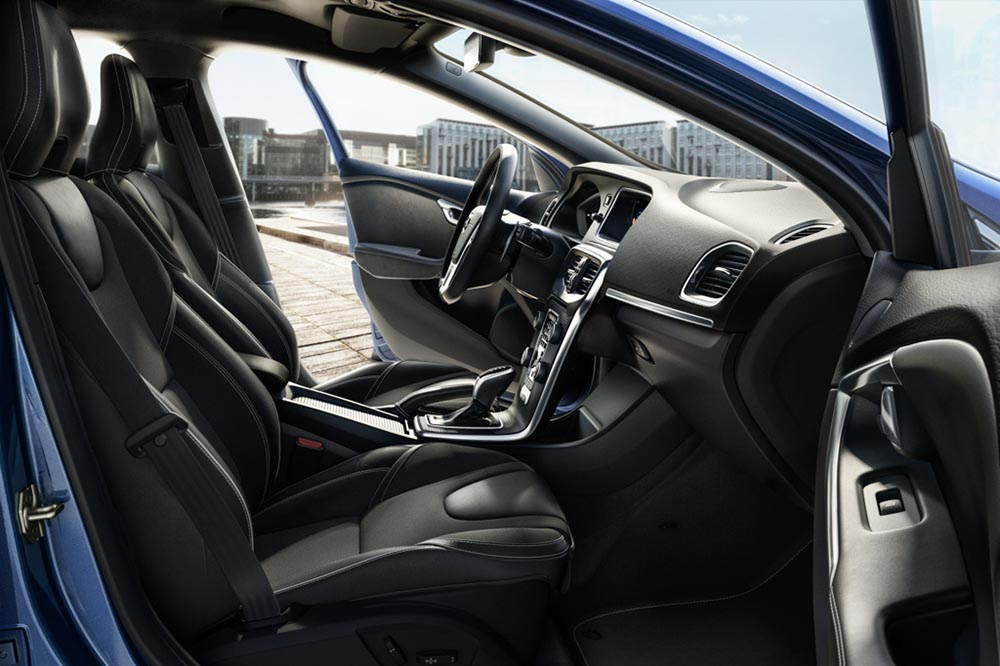 Der neue Volvo V40 - Volvo Autohaus Liebhaber