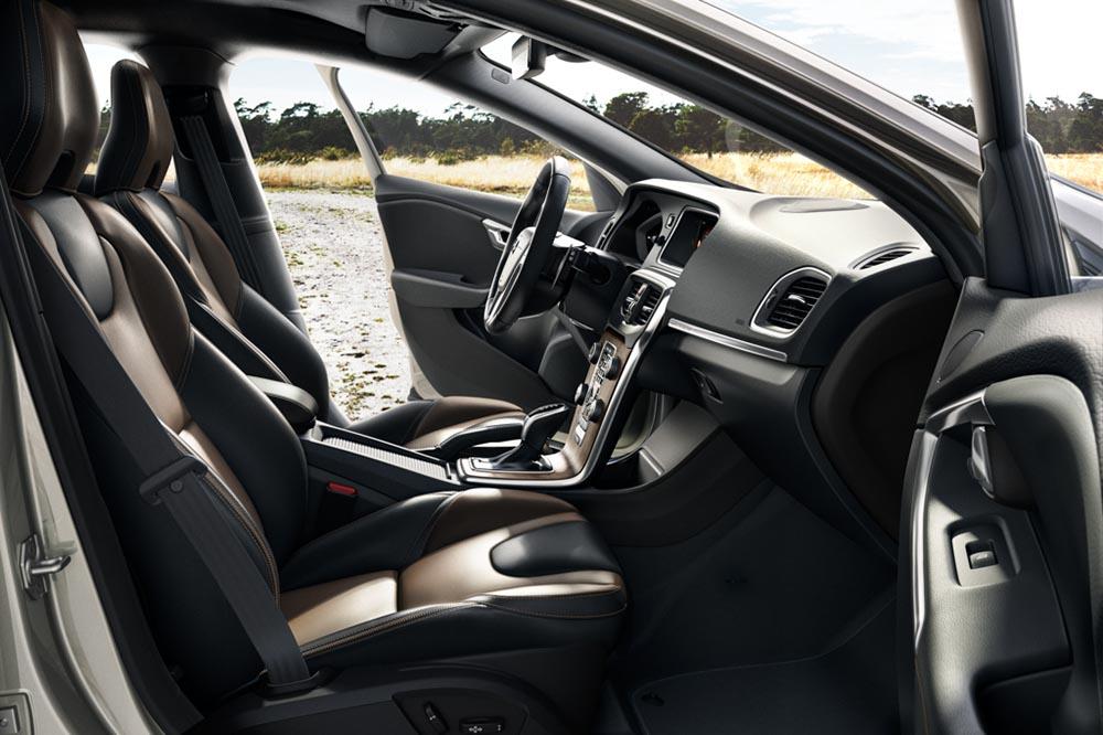 Der neue Volvo V40 Cross Country - Volvo Autohaus Liebhaber